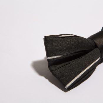 pajarita-negra-rayas-blancas-finas-arquimedes-llorens